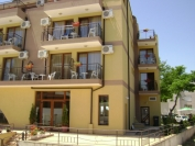Kandrovi Hotel